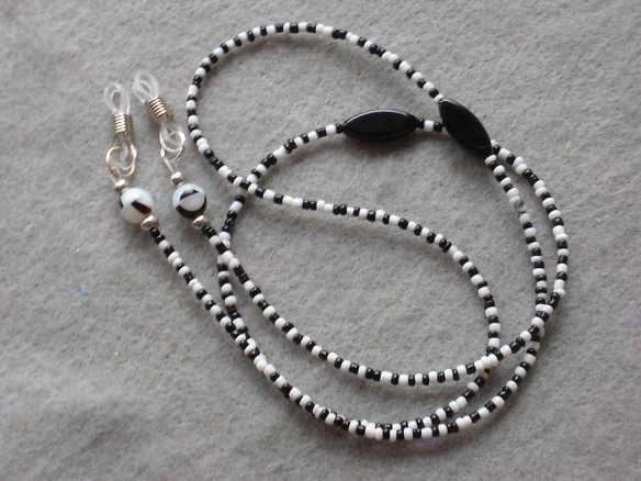 Beaded Eyeglass leash, B&W