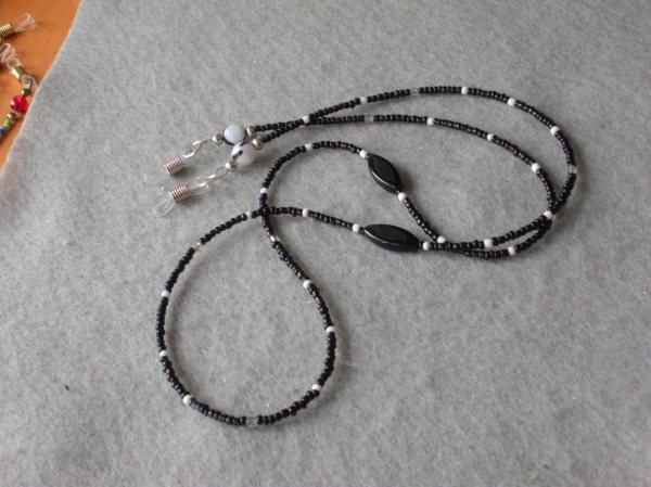 Beaded Eyeglass Leash, mostly black (some white)