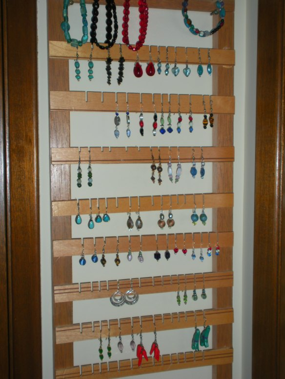 My new earring holder, in a tight spot between 2 doors