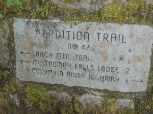 DSCN4295  trail sign