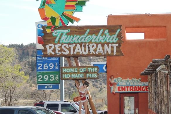 DSCN5708 Thunderbird, Ho-made pies, 4x6 pic