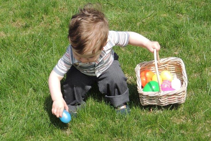 DSCN2000 WEBSIZED 4x6 filling the basket