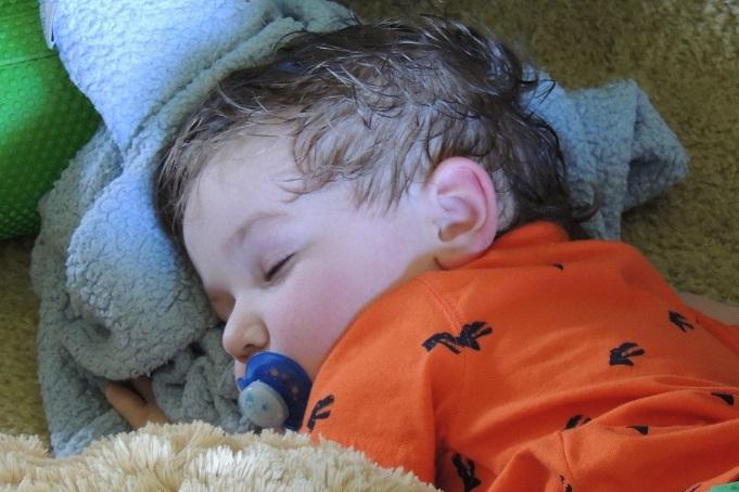 DSCN4673 asleep, WEBSIZED