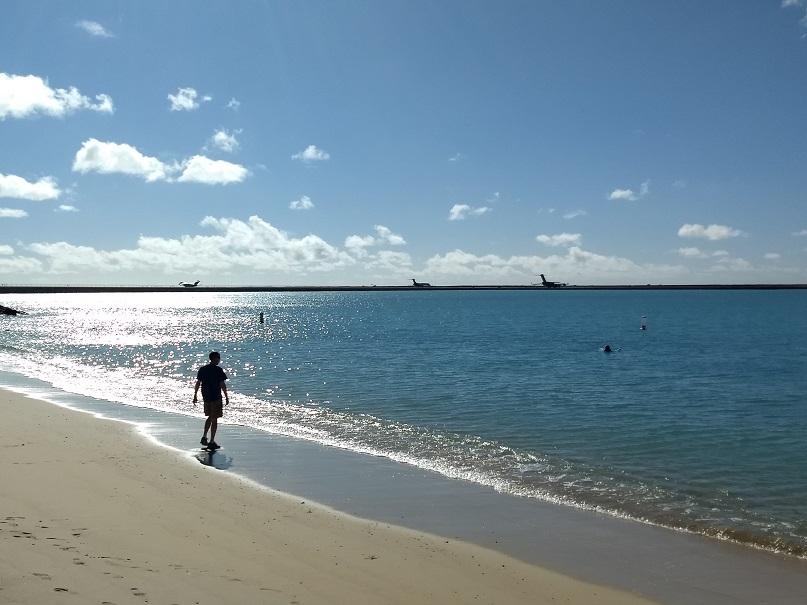 Day 1, Hickam beach, Honolulu airport, WEBSHARE